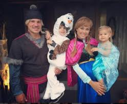 Pregnant Family Halloween Costumes Best And Worst Celebrity Halloween Costumes Of 2016 Happy Halloween