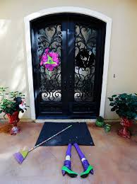 halloween decorating 3 diy projects for the outside of your home