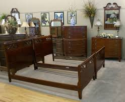 Twin Bedroom Set by Complete Mahogany Twin Bedroom Set For Sale Antiques Com