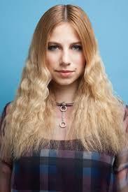Frisuren Lange Haare Mittelscheitel by 80er Frisuren Lange Haare Crimpen Blond Mittelscheitel Frisuren