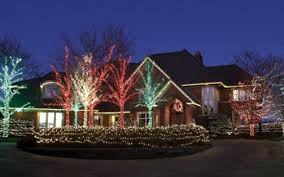 Outdoor Christmas Decorations For Roof by Lake Minnetonka Outdoor Holiday Decorating Guide Lake Minnetonka