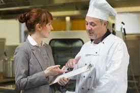 salaire chef cuisine 10 métiers phares de l hôtellerie restauration maformation