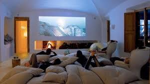 distance ecran videoprojecteur canapé installation d un vidéoprojecteur à la maison frenchimmo