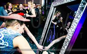 selfie mirror photo booth event entertainment