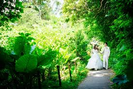 pre wedding photo in japan gangala cave okinawa japan la vie