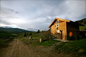 yellowstone national park lodging unique cabin u0026 vacation rentals