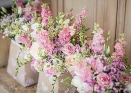 Wedding Flowers Guide Wedding Flowers Who Has What The Wedding Guide Uk