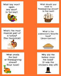 lunch idea with free printable thanksgiving lunch box jokes