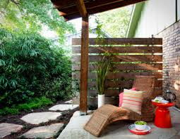 Screen Ideas For Backyard Privacy by Apartment Patio Privacy Ideas Backyard Apartment Patio Privacy