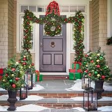 Brylane Home Christmas Decorations 400 Best Garden Christmas Wreaths U0026 Garlands Images On Pinterest