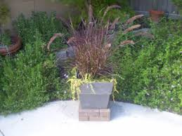 Plant Pedestal An Easy Way To Build A Brick Plant Stand