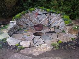 outdoor amazing inexpensive backyard fire pit ideas stone fire