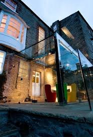 architecture 10 great glass box extensions
