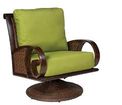 Swivel Chairs For Living Room Sale Big Chairs For Living Room Amazing Chairs