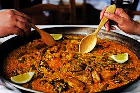 cuisine traditionnelle espagnole paella de marisco vu en costa blanca espagne