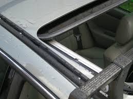 lexus es300 windshield lexus es 300 2002 u2013 thule 50 u2033 load bar u2013 thule 430r tracker