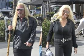 duane the dog chapman walks with a stick as he makes rare public