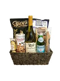 wine baskets gourmet goodies wine basket chagne gift baskets