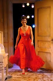 Kristen Wiig Red Flag Judy Garland U0027s Historic Childhood Home Is On The Market Vanity Fair