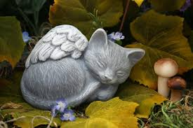 cat memorial angel cat statue pet memorial marker 24 99 via etsy cat