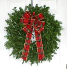 Holiday Wreath Holiday Wreaths Savvy Entertaining