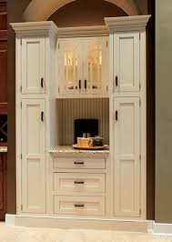 Wellborn Cabinets Price Divide All Of Your Cooking Pans Out With Wellborn Cabinet Inc U0027s