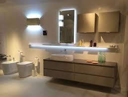 illuminazione bagno soffitto luce in bagno consigli illuminazione quale illuminazione