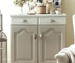 changer poignee meuble cuisine boutons meuble boutons de meubles de cuisine survlcom bouton meuble