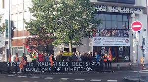 chambre de metiers rouen manifestation boulevard de l europe des salariés de la