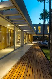 house built with focus on day and night lighting