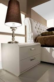 comodini e ã moderni como e comodini moderni idee creative su design per la casa e