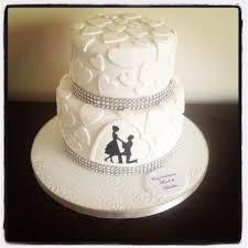 engagement cakes heart engagement cake
