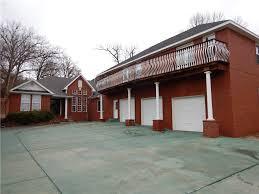 Overhead Door Springdale Ar by Springdale Ar Property 300000 400000
