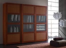 armadio con ante in vetro armadio 3 ante scorrevoli paglia t5 e vetro satinato rosa