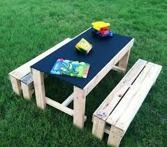 children s picnic table plans this kid s activity table with a chalkboard table top is pretty