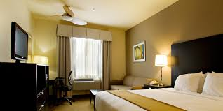 Rooms To Go Outlet Tx by Holiday Inn Express U0026 Suites Shamrock North Hotel By Ihg