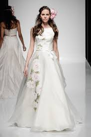 coloured wedding dresses uk wedding dress trends 2016 london to milan
