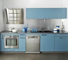 darty hotte cuisine cuisine darty bleu avec hotte design crédence en inox et façades
