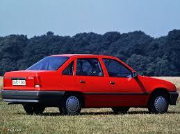 opel sedan photos of opel kadett sedan e 1984 u201389 1024x768
