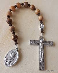 single decade rosary olive wood rosary one decade rosary men s tenner holy land