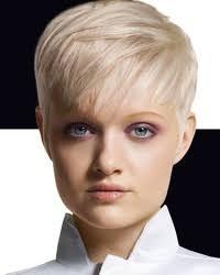 naisten hiusmallit lyhyt naisten hiusmallit 2011 lyhyet mallit hiusmallit net