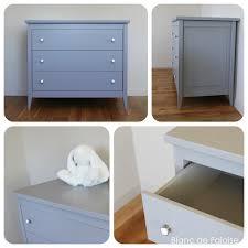 commode chambre garcon cuisine mode tiroirs grise boutons blancs et chrome chambre d