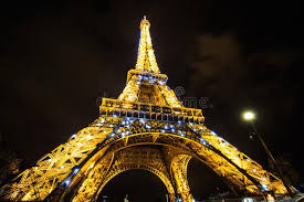 eiffel tower light show eiffel tower light performance show in twilight paris france