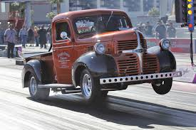 dodge truck bruce mcconnell and doug driggers run 4s in a 1946 dodge truck