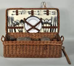 vintage picnic basket maxfavorite vintage wicker picnic basket picnic baskets