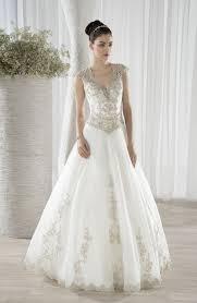 robe de mariã e avec dentelle robe de mariée morelle mariage lille vente en ligne robe de