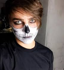 halloween mask vine take a look at 126 youtuber halloween costumes this year superfame