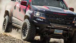 concept off road truck chevrolet goes for off road glory with the colorado zr2 race