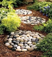 Backyard Stepping Stones by 23 Diy Stepping Stones To Brighten Any Garden Walk Amazing Diy