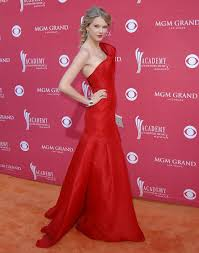 taylor swift u0027s best red carpet moments vogue